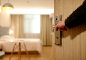 bedroom-door-entrance-271639